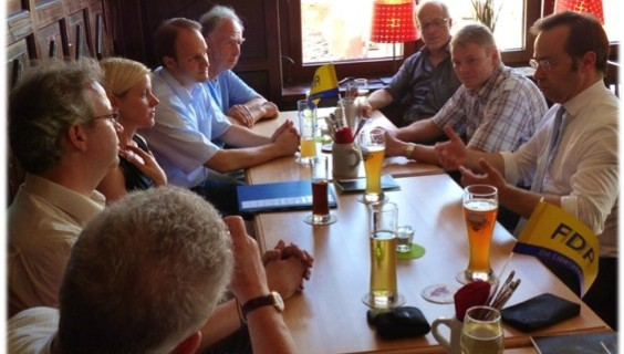 2013-08-04_bildungspolitischer_Stammtisch